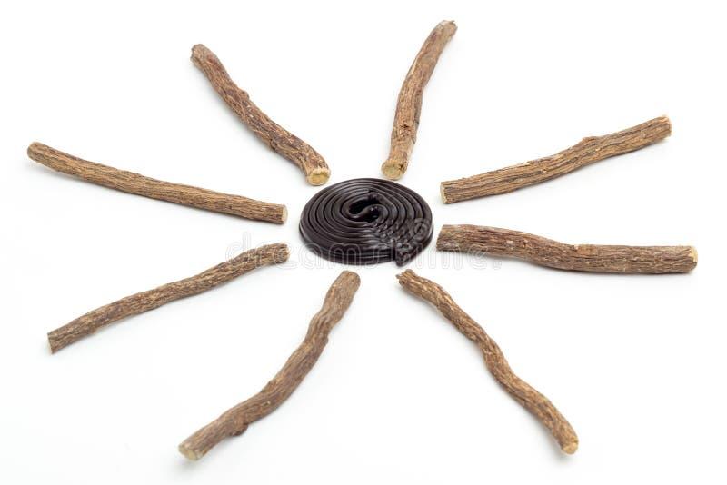 Zoethoutwortels en wiel stock afbeeldingen
