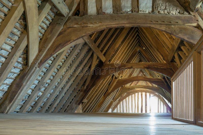 Download Zolder stock foto. Afbeelding bestaande uit leeg, brittannië - 54080716