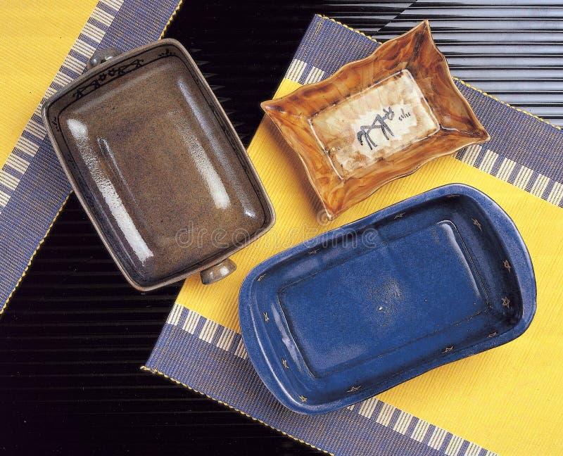 Download Zolle di ceramica immagine stock. Immagine di pranzare - 204127