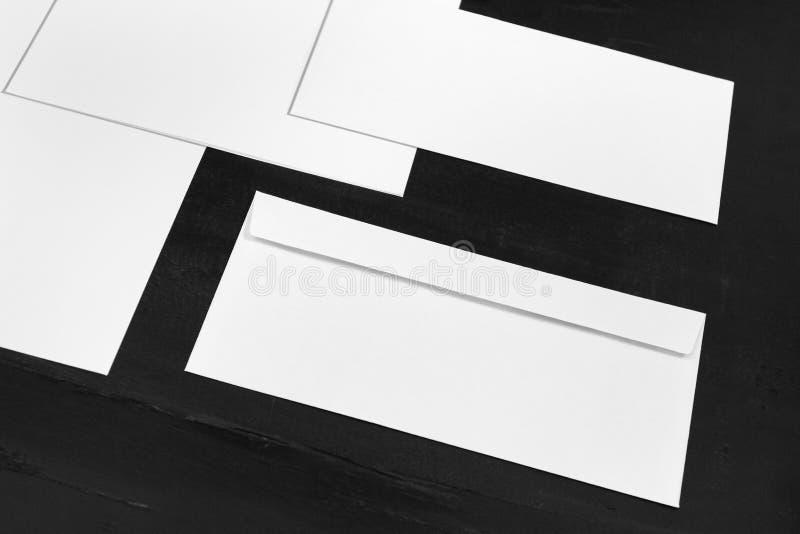 Zombaria branca dos artigos de papelaria acima, molde para a identidade de marcagem com ferro quente imagens de stock royalty free