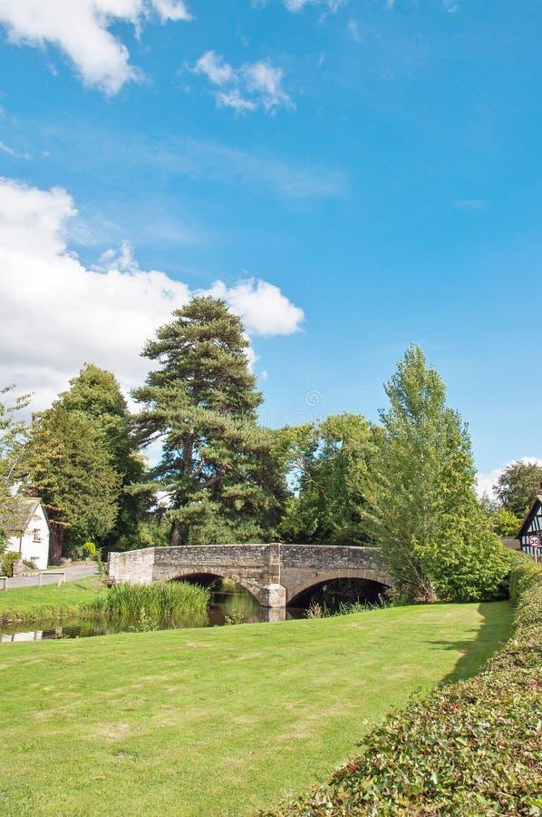 Zomerlandschap in Eardisland, Herefordshire in het Britse platteland royalty-vrije stock fotografie