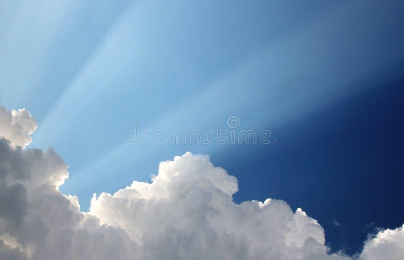 Zon in de hemel stock foto