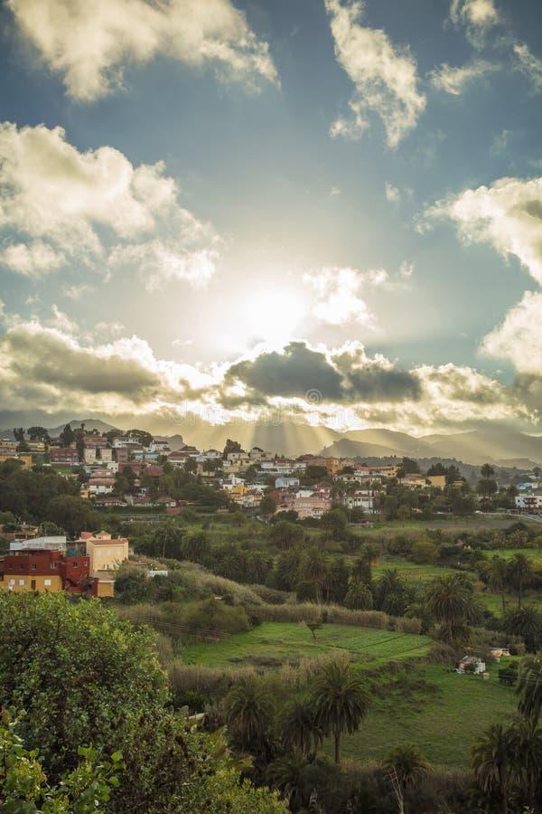 Zon in de hemel in Gran Canaria stock foto's