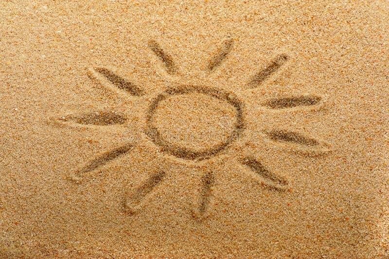Zon op zand royalty-vrije stock afbeeldingen