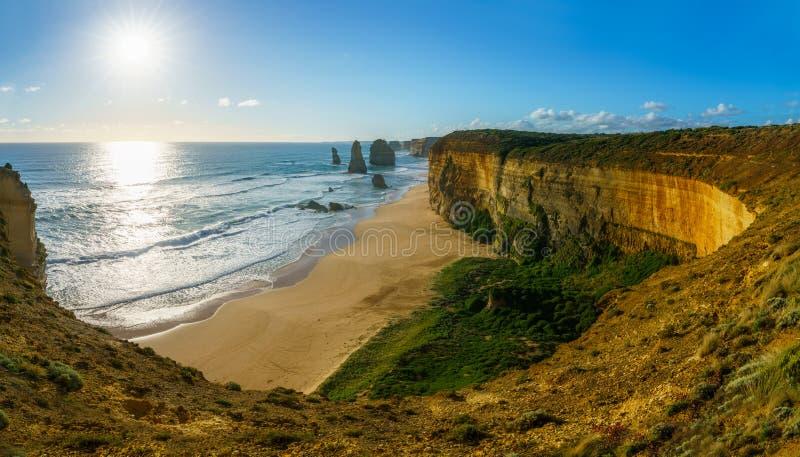 Zon over de twaalf apostelen, grote oceaanweg bij haven Campbell, Australië 2 royalty-vrije stock foto