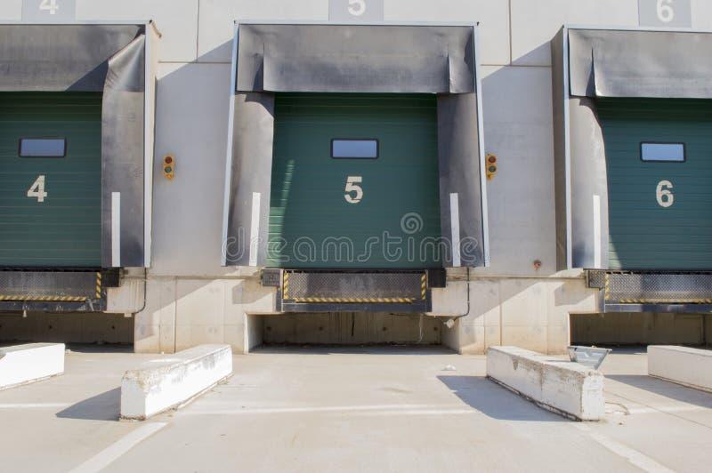 Zona adibita al carico per i camion con i numeri immagine stock libera da diritti