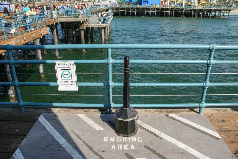 Zona de fumadores foto de archivo libre de regalías
