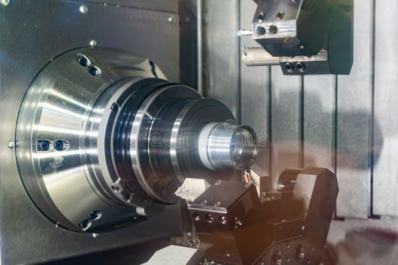 Zona de trabajo de la fresadora moderna del CNC foto de archivo