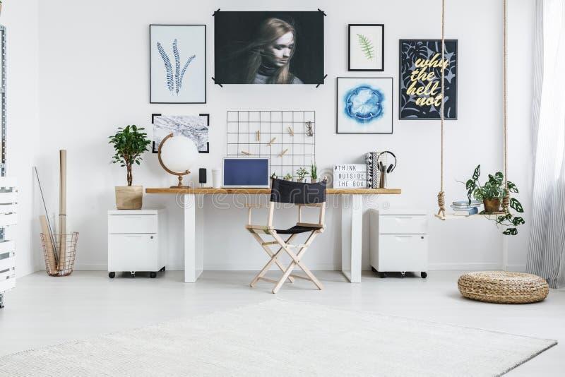 Zona de trabalho inspirador fotografia de stock