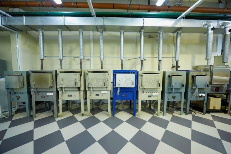 Zona dei forni di fusione alla fabbrica immagine stock