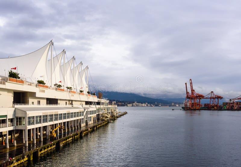 Zona leste do terminal do navio de cruzeiros do lugar de Canadá em Vancôver, BC, Canadá fotografia de stock royalty free