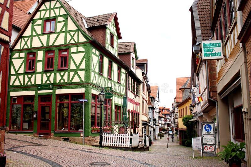 Zona pedestre em Gelnhausen, Hessen, Alemanha foto de stock