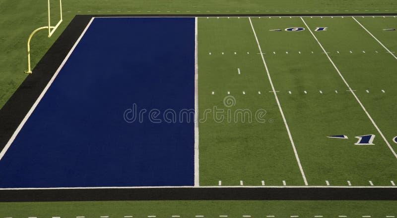 Zone d'en-but de bleu de terrain de football photo stock