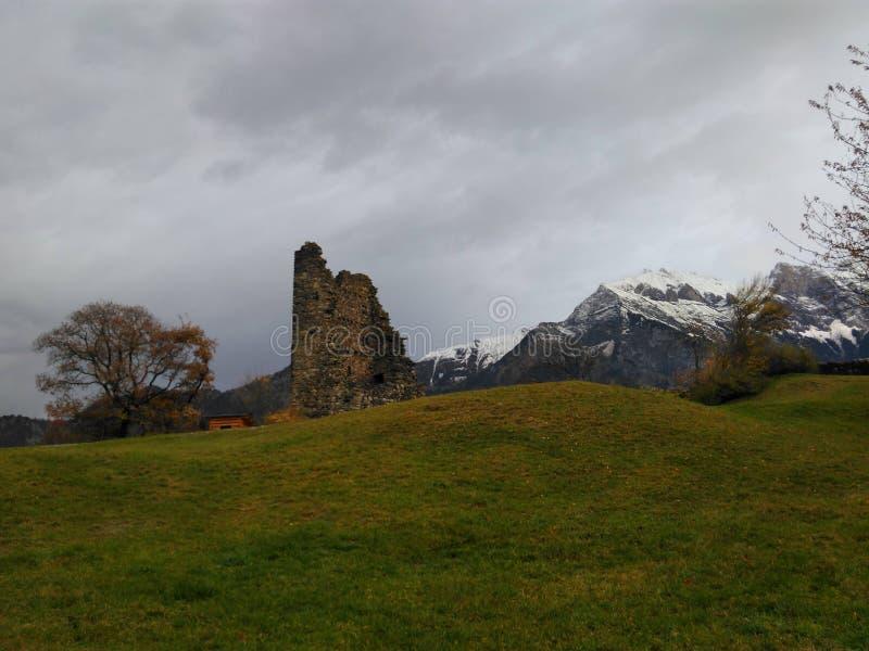 Zone dans les montagnes photo libre de droits