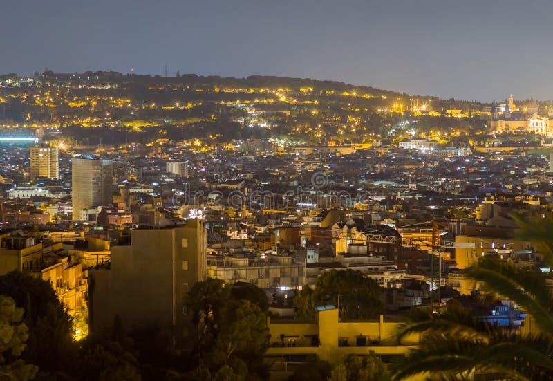 Zone résidentielle de Barcelone la nuit Vue à partir du dessus photo libre de droits