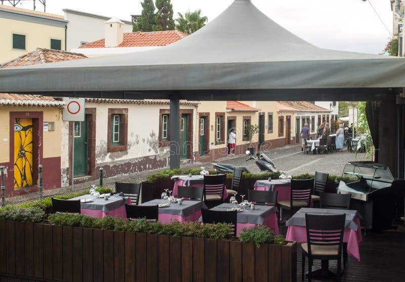 Zone Velha - le secteur le plus ancien célèbre pour ses meilleurs restaurants et cafés à Funchal Madeir image stock