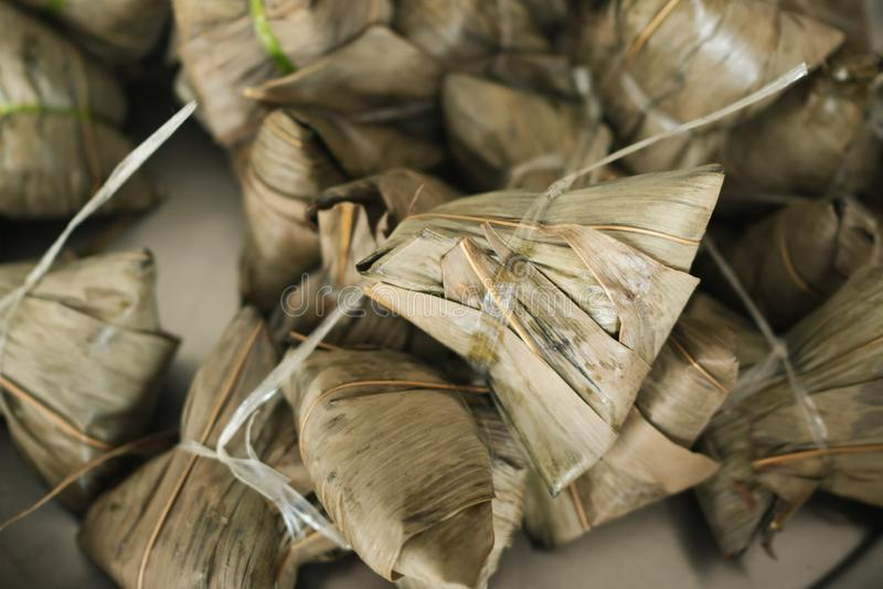 Zongzi of Chinese kleverige rijstbol stock foto's
