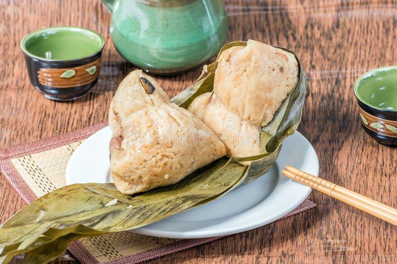 Zongzi ou bolinha de massa do arroz pegajoso fotografia de stock royalty free