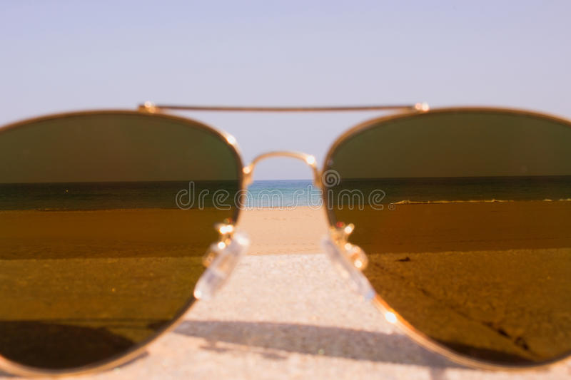 zonnebril stock foto's