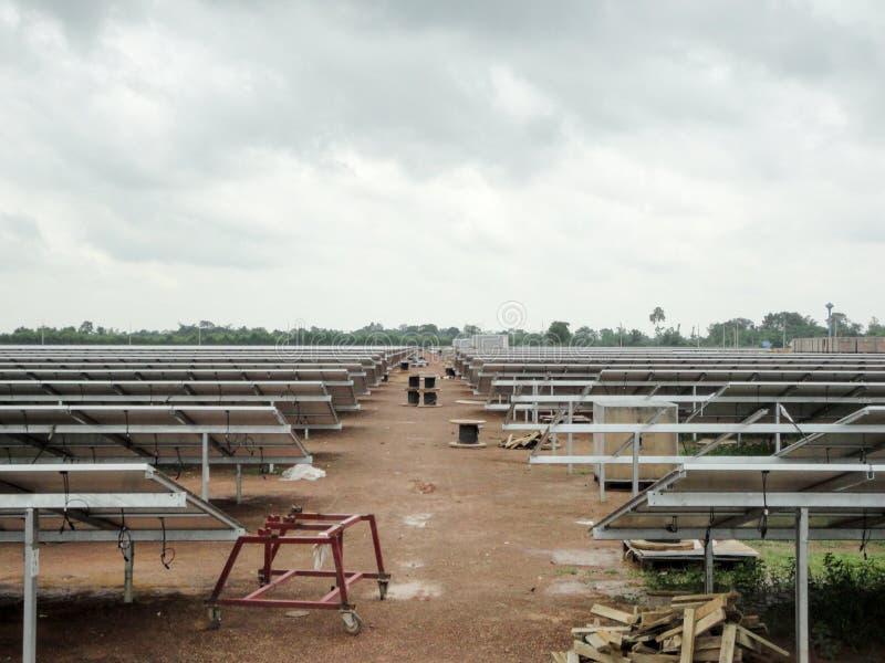 Zonnelandbouwbedrijf stock fotografie