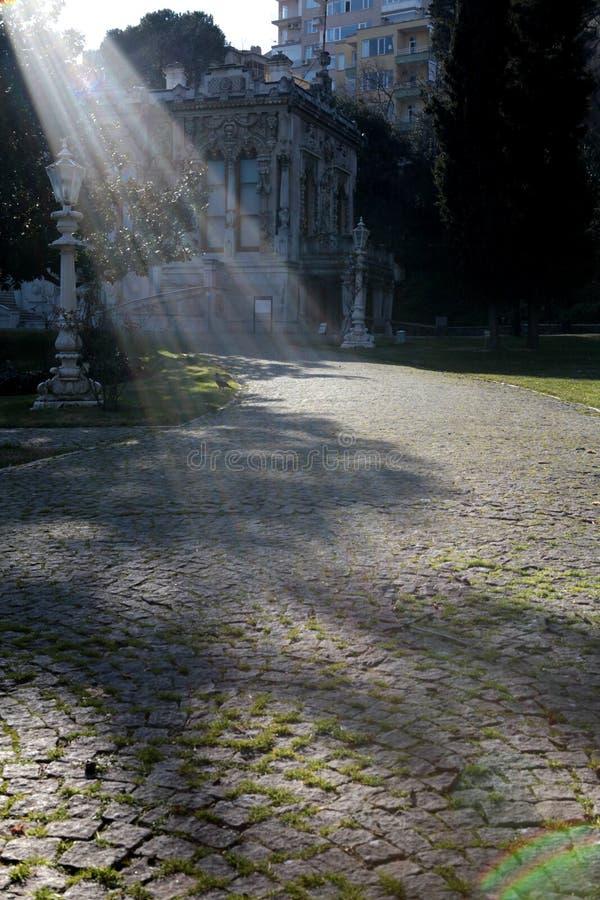 Zonnestraal op Ihlamur-de Zomerpaleis royalty-vrije stock foto