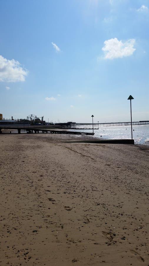 Zonnig strand stock foto