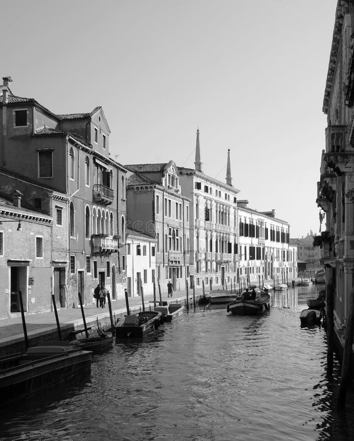 Zonnige dag in Venetië. stock foto's