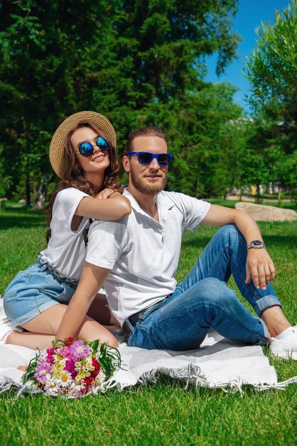 Zonnige de zomervakantie royalty-vrije stock afbeelding