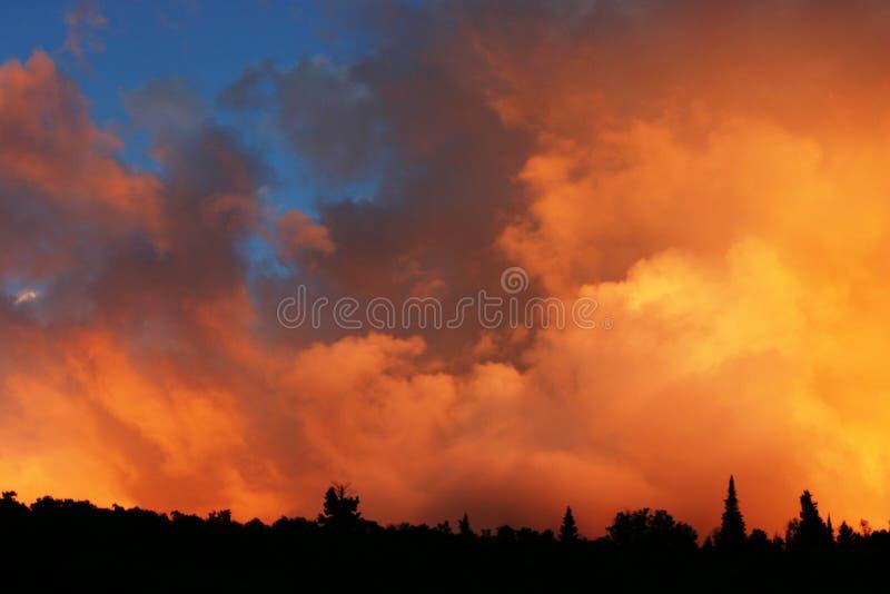 Download Zonsondergang stock foto. Afbeelding bestaande uit sundown - 279220