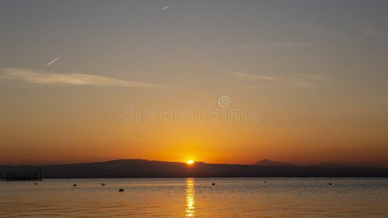 Zonsondergang in Albufera van Valencia royalty-vrije stock foto