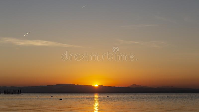 Zonsondergang in Albufera van Valencia stock foto's