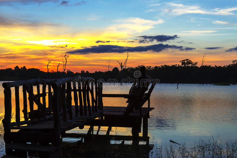Zonsondergang backgound op lagune stock fotografie