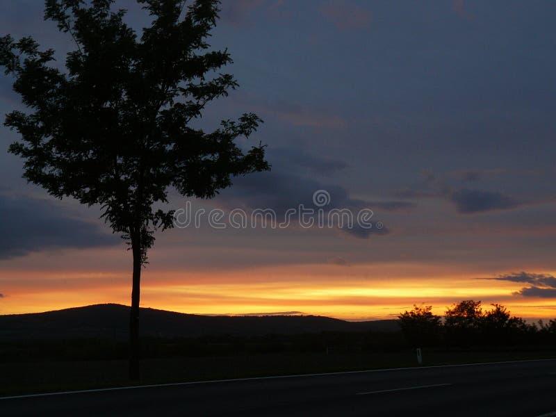 Zonsondergang in backland van Wenen royalty-vrije stock foto's
