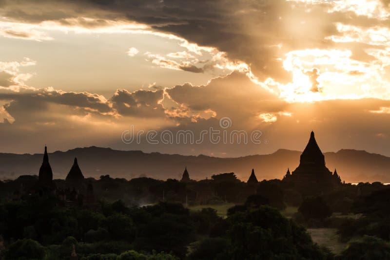Zonsondergang in Bagan royalty-vrije stock afbeelding