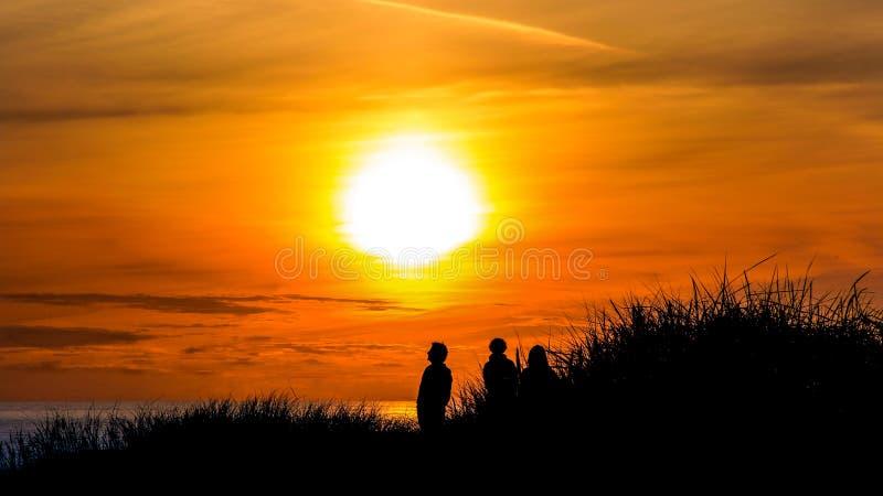 Zonsondergang bij henne-Bundel royalty-vrije stock afbeelding