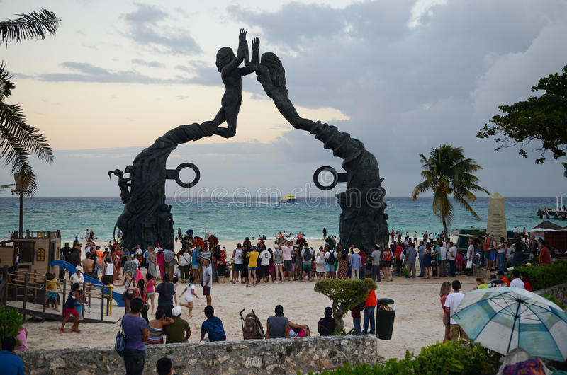 Zonsondergang bij Playa del Carmen royalty-vrije stock afbeeldingen