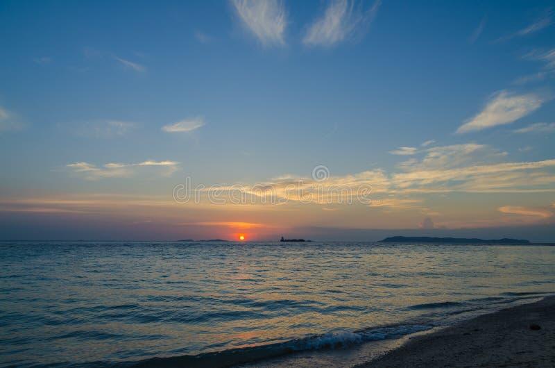 Zonsondergang bij Zelfde Strand stock afbeeldingen