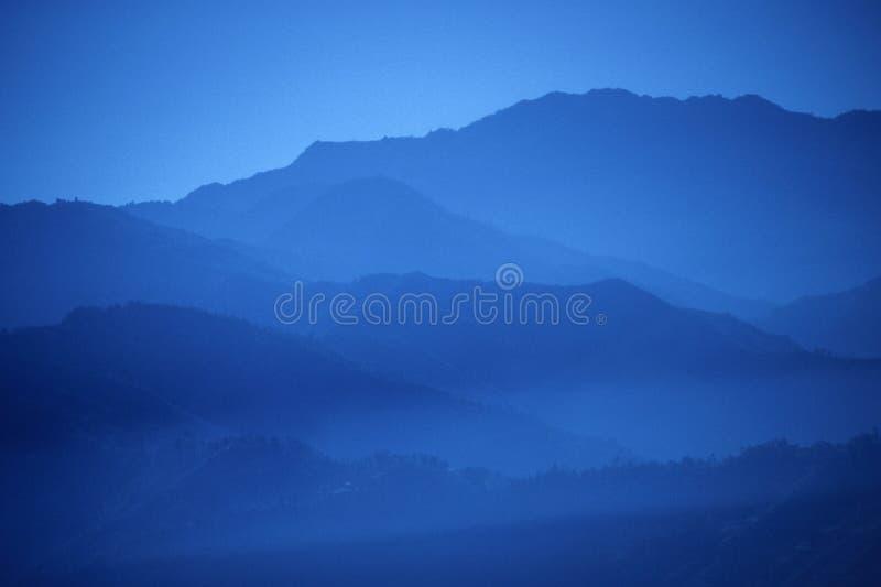 Zonsondergang, blauwe randen royalty-vrije stock afbeelding
