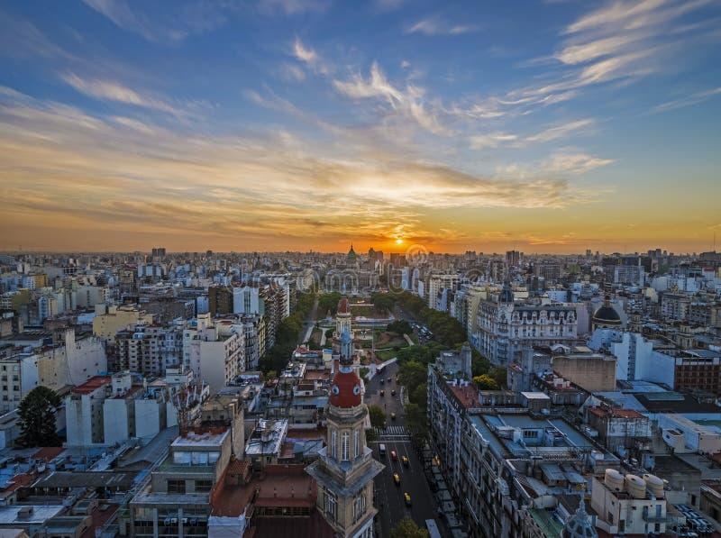 Zonsondergang in Buenos aires royalty-vrije stock afbeelding