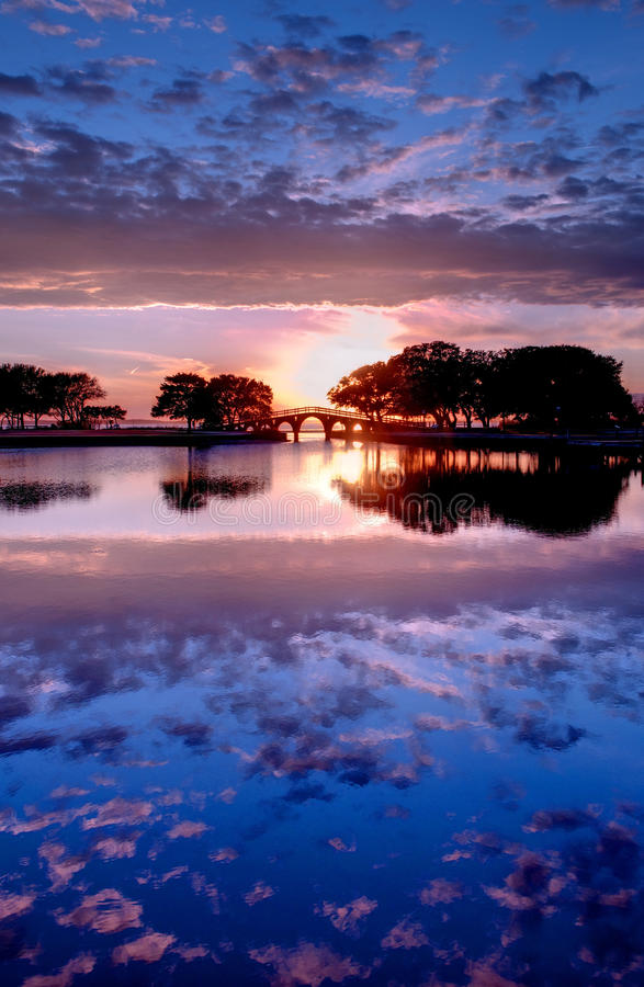 Zonsondergang in de BuitenBanken, Noord-Carolina royalty-vrije stock foto