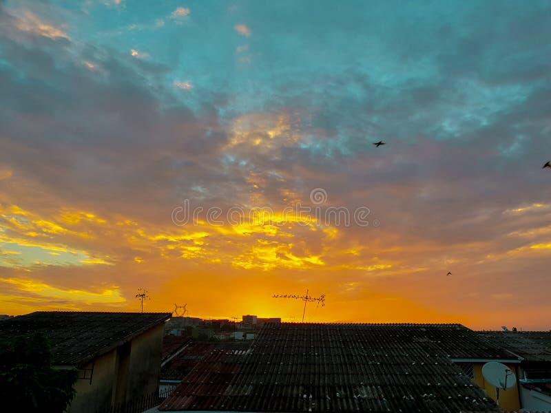 Zonsondergang in de horizon royalty-vrije stock afbeelding