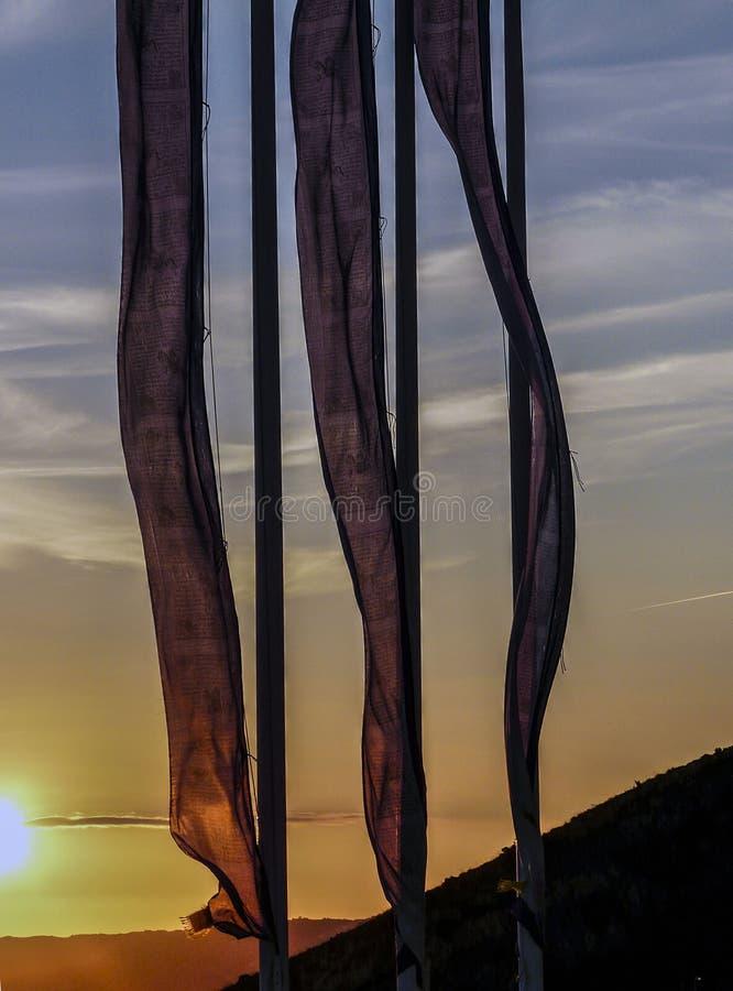 Zonsondergang in de kust royalty-vrije stock afbeeldingen