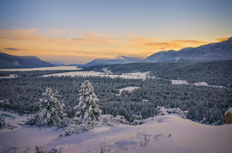 Zonsondergang in de Winter, de Hete Lentes van Fairmont, Brits Colombia, Canada royalty-vrije stock fotografie