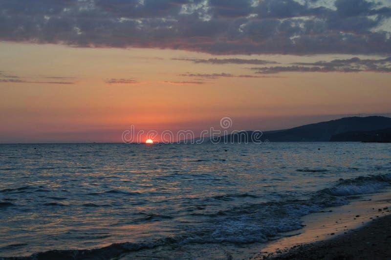 Zonsondergang in de Zwarte Zee royalty-vrije stock foto's