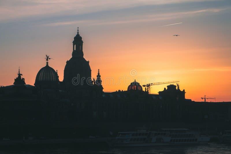 Zonsondergang in Dresden stock foto's