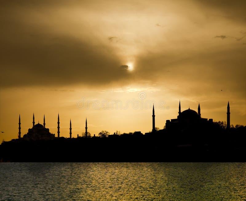 Zonsondergang en Istanboel stock foto