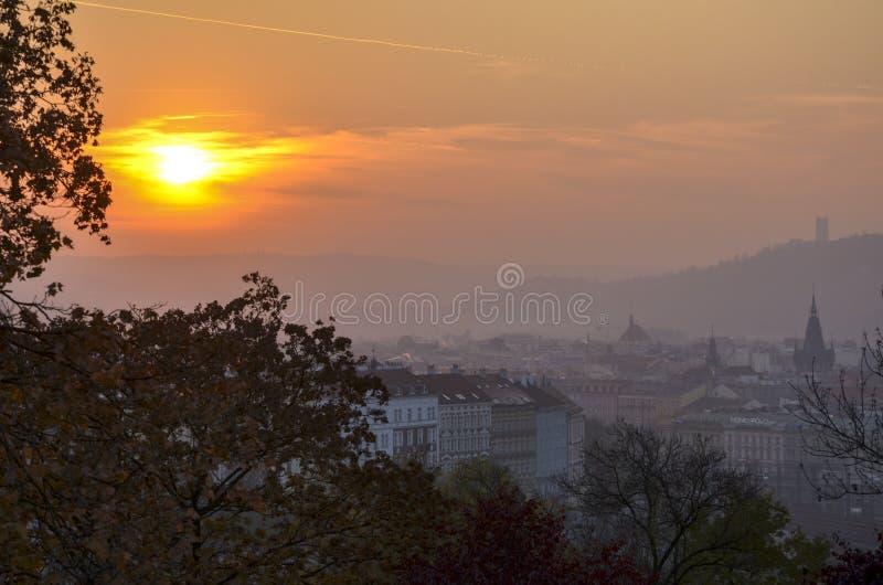 Zonsondergang in Europa Praag royalty-vrije stock afbeeldingen