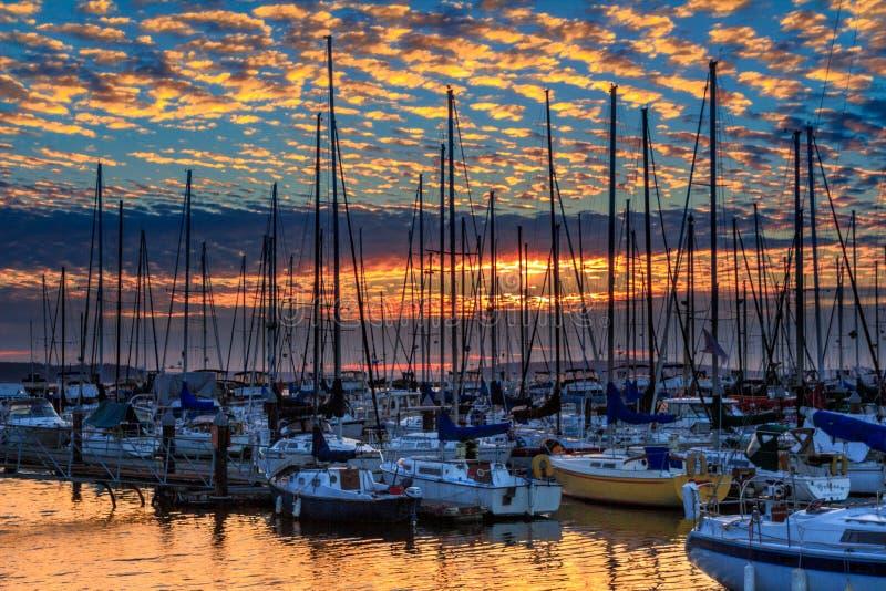 Zonsondergang in Everett Marina, Washington State stock afbeelding