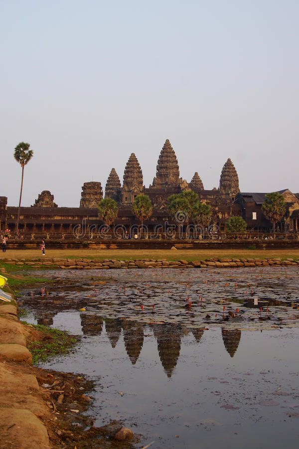 Zonsondergang, gopuratorens van Angkor Wat royalty-vrije stock foto's