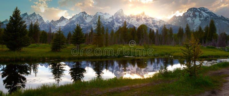 Zonsondergang in Grote Tetons royalty-vrije stock afbeelding